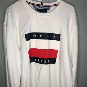 Carlos Mena Tommy Sweatshirt